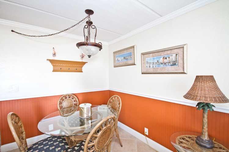 Cool Beachers Lodge Room No 221 St Augustine Oceanfront Hotel Download Free Architecture Designs Scobabritishbridgeorg