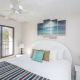 Comfortable Kind bed in Condo 315